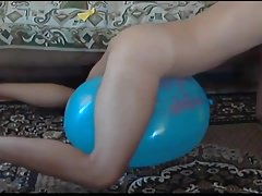 Balloon play popping humping cum