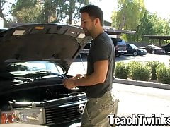 Bottom bitch twink seduces a handsome young car mechanic